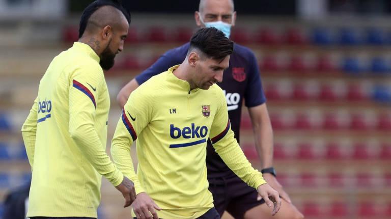 Umtiti, baja en el Barcelona por problemas de rodilla